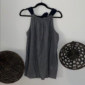 Ellen Tracy sleeveless tie back blouse Large